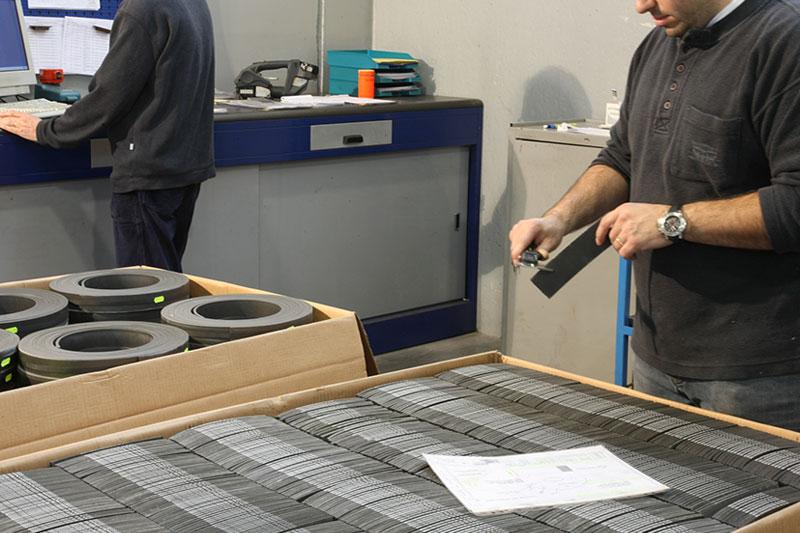 тормозные накладки из фрикционного материала Beral - контроль качества